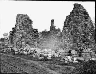 40, långhuset och torn mot nordväst