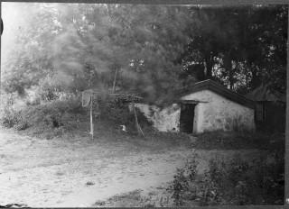 78, källare söder om ruinen, foto Manne Hofrén